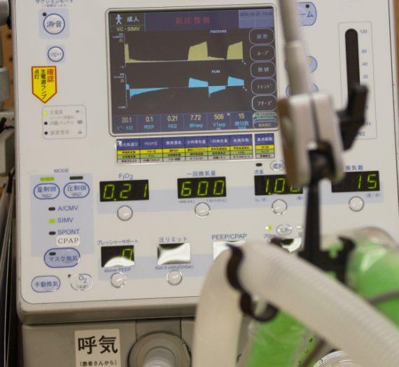 自動車メーカーがマスクや人工呼吸器を作る…海外ではできることが日本ではできない
